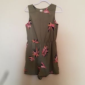 A New Day Foral Romper Size Medium